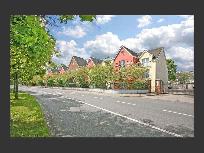 Main image for Apartment 2, Clonmacken Court, Clonmacken Road, Ennis Road, Co. Limerick