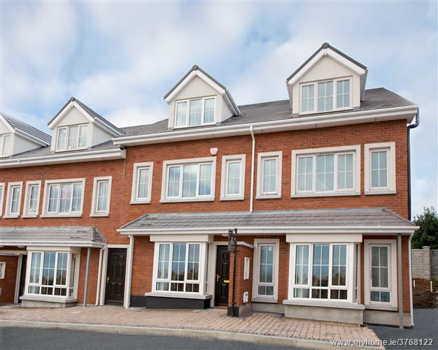 Croftwell, School Road, Rathcoole, Co. Dublin - 3 Bed Townhouse c.1,530 sq.ft.