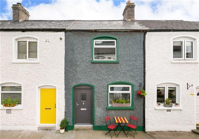 Main image for 4 New Row,Chapelizod,Dublin 20,D20 X430
