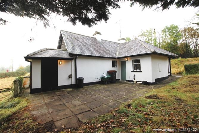 Coppenagh virginia cavan for Modern homes ballyjamesduff