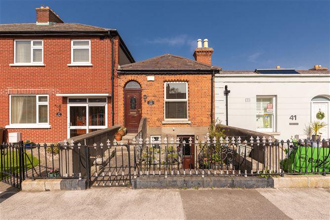 Main image for Eden Cottage, 39 Seafort Avenue, Sandymount, Dublin 4