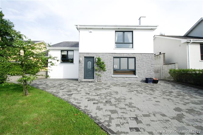 18 Ledwidge Hall, Slane, Meath