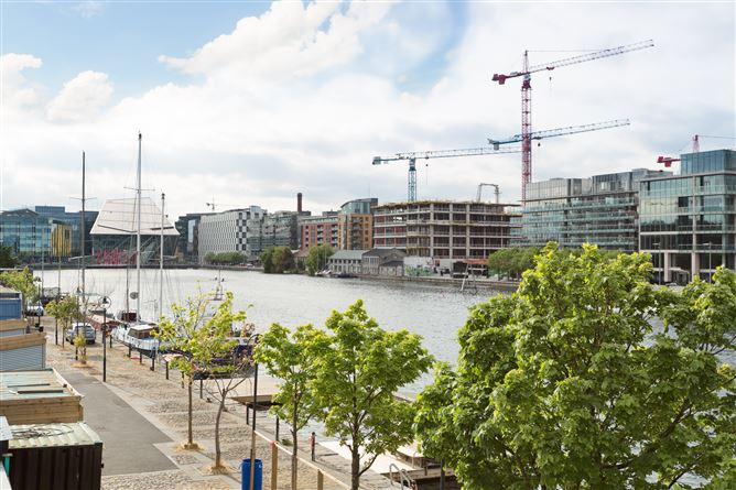 Main image for Grand Canal Wharf, South Dock Street, Grand Canal Dk, Dublin 4, D04YX05