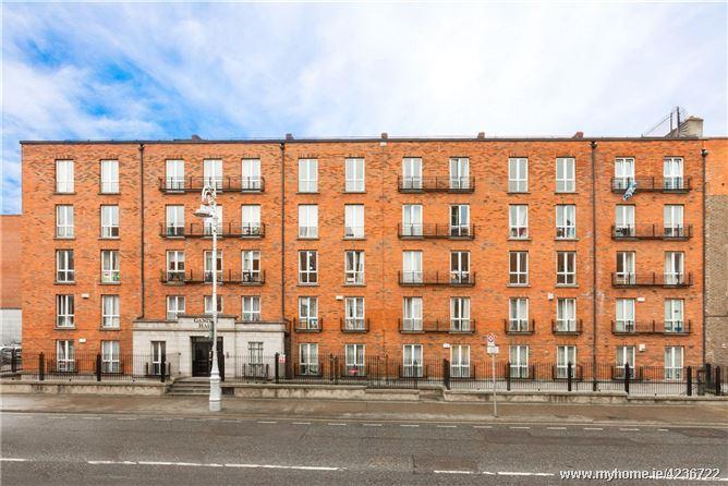 77 Gandon Hall, Gardiner Street, Dublin 1
