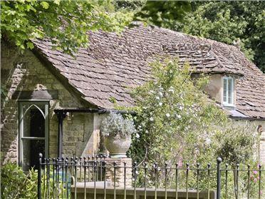 Main image of The Downs Barn Lodge,Stroud, Gloucestershire, United Kingdom