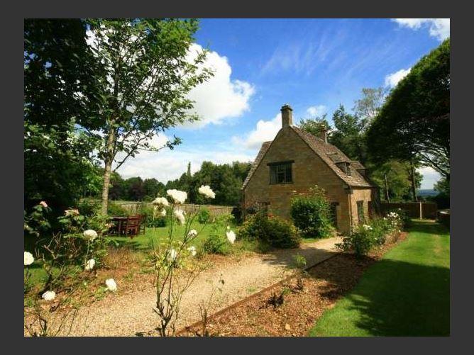 Main image for Windy Ridge Cottage, LONGBOROUGH, United Kingdom