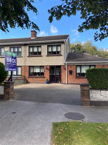 27 Woodford Downs, Clondalkin,   Dublin 22