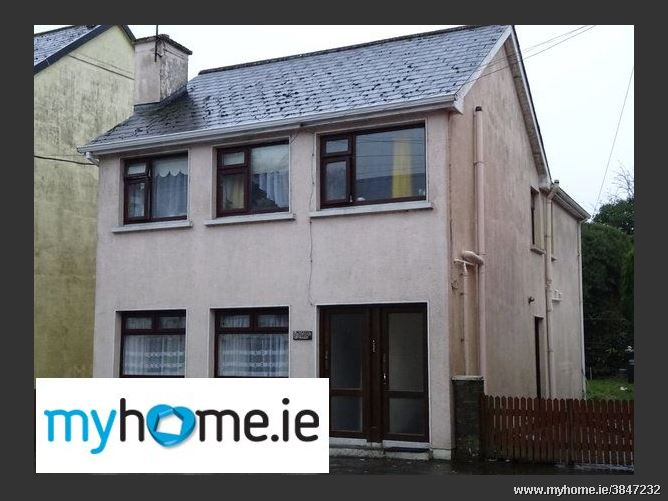 Hillside House (3 Apartments), Ballyhaunis, Co. Mayo