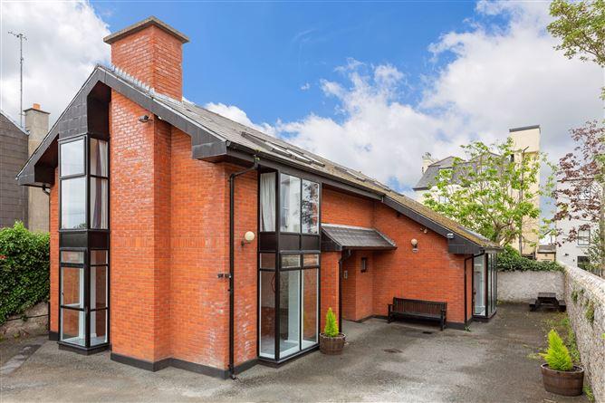 Main image for Carraig Rua, Temple Crescent, Blackrock, County Dublin