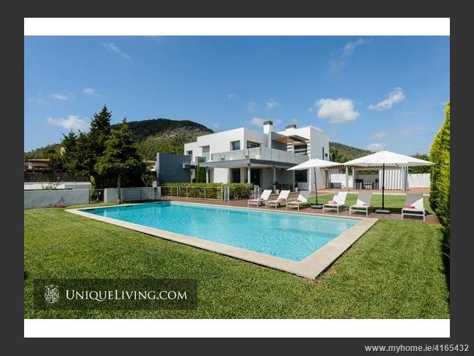 589101, Ibiza, Spain