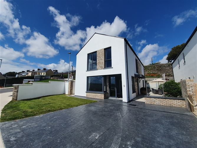 Main image for Dun Farraige, Cobh, Cork
