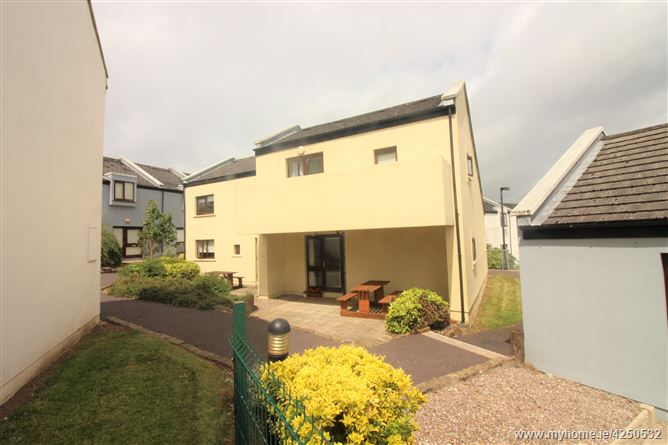 Main image for Villa 14 Carleton Village, Youghal, Cork