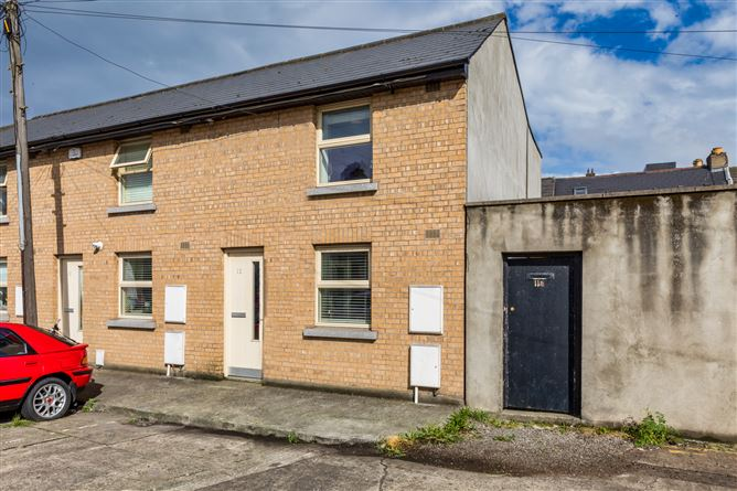 12 Carlingford Parade, Off Macken Street, South City Centre, Dublin 2