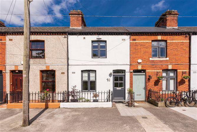 Main image for 19 Aikenhead Terrace, Irishtown, Dublin 4