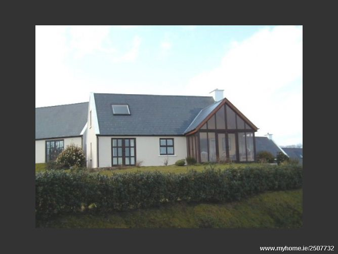 Schull Holiday Cottage No 1 Seabreeze, Schull Holiday Cottages, Colla Road, Schull, Co. Cork