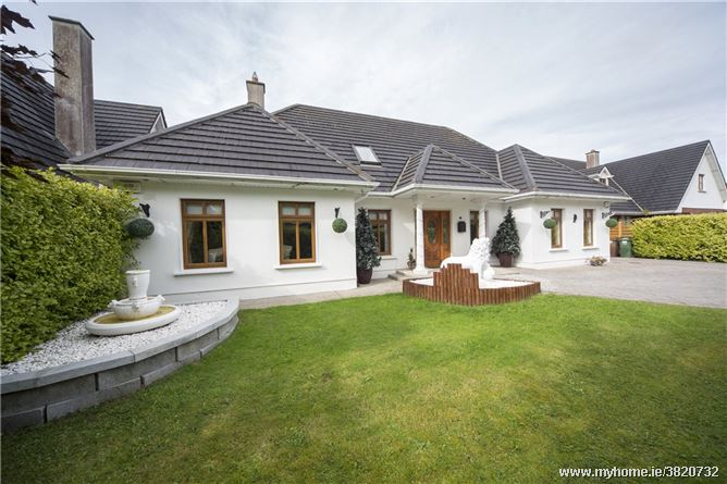 4 Glebewood, Trim Road, Ballivor, Co Meath, C15 W1D2