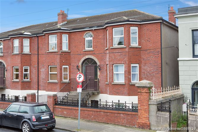 5 Glenhilton, Herbert Road, Bray, Co. Wicklow
