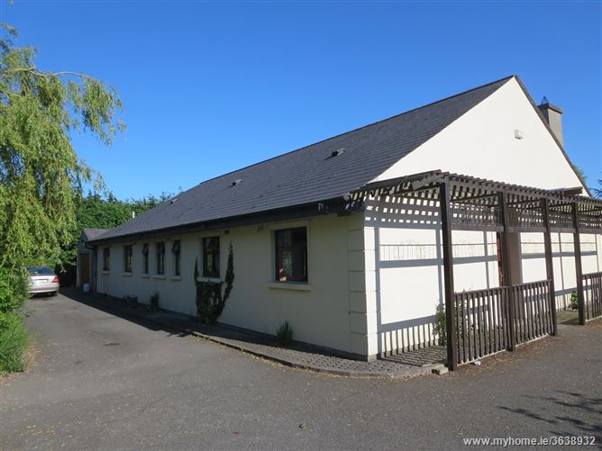Oak Lodge, Lissenhall, Hearse Rd. on 6.5acres, Swords, Dublin