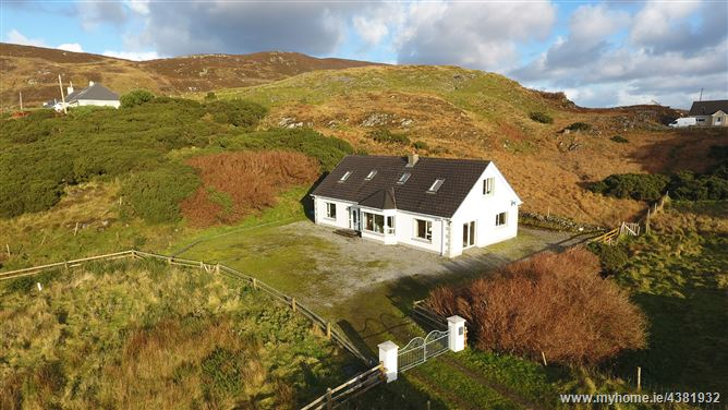 Main image for Kinnakillew, Glencolmcille, Donegal