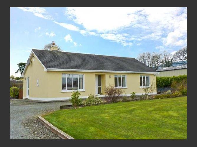 Main image for Hillside Cottage, KILLALOE, COUNTY CLARE, Rep. of Ireland