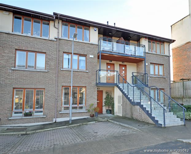 Main image of 49 Belarmine Heath, Stepaside, Dublin 18