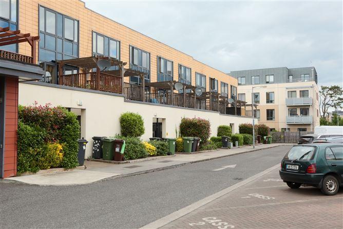 Main image for 8 Lock-Keeper's Walk, Royal Canal Park, Ashtown, Dublin