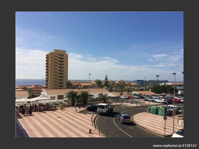Avenida, 38650, Arona, Spain