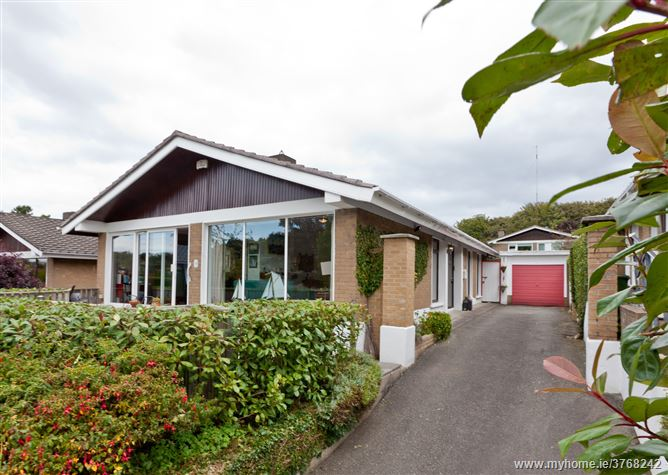 50 Kilgobbin Heights, Stepaside,   Dublin 18