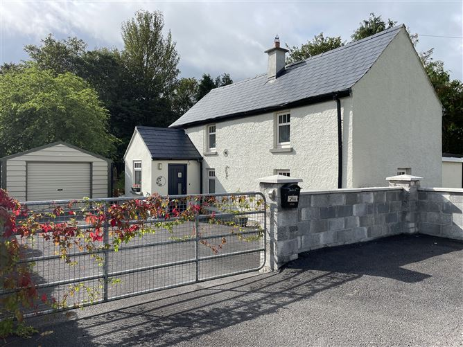 Main image for The Cottage, Cloneen, Castlecomer, Co. Kiilkenny, Castlecomer, Kilkenny