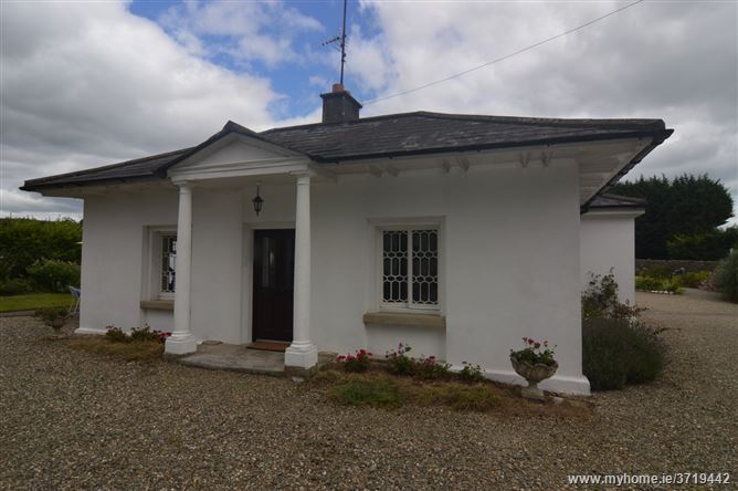Cypress Lodge, Ballycurry, Ashford, Wicklow