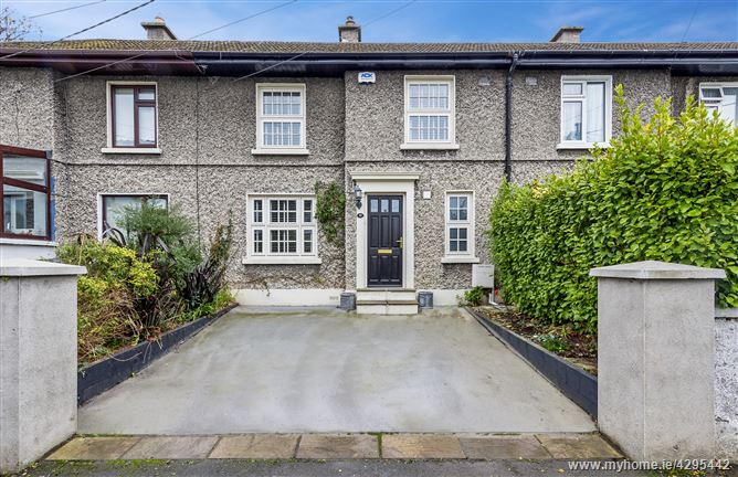 Main image for 10 Oliver Plunkett Avenue, Monkstown, County Dublin