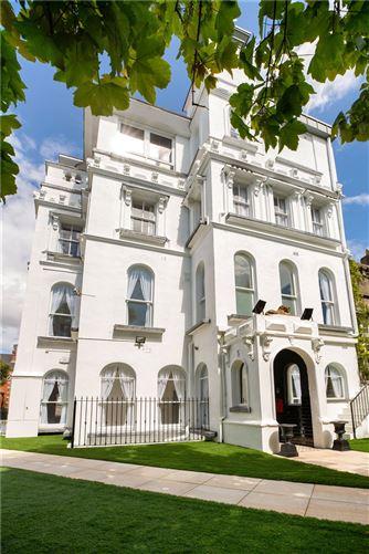 Main image for Apartment 2,Holyrood Castle,Holyrood Park,Sandymount,Dublin 4