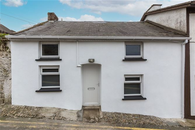 Main image for 14 Maiden Lane,New Ross,Co Wexford