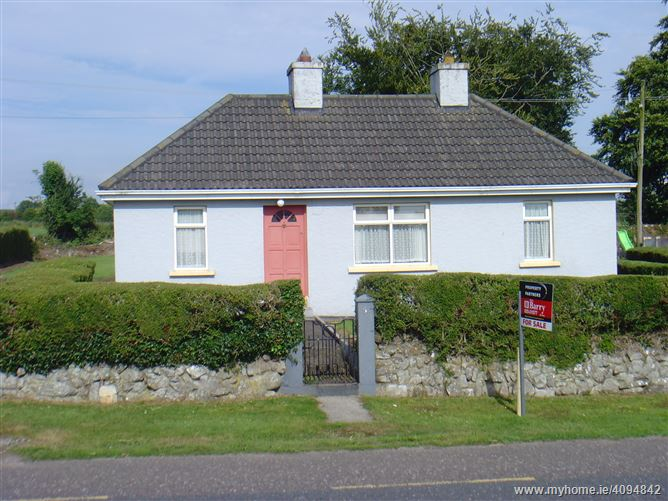 Main image of 3 Monadrishane, Kilworth, Cork