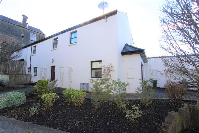 Main image for 14 Meeting House Lane, Ballybay, Monaghan