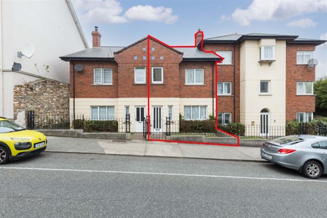 Main image for 2 Abbey Court, Upper George's Street, Wexford Town, Wexford