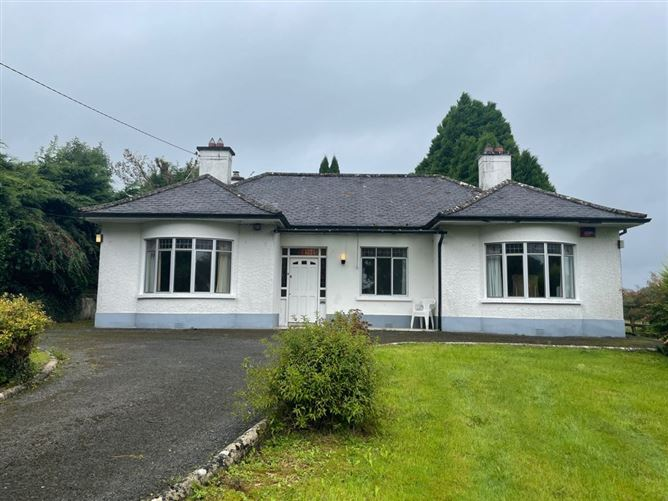 Main image for Convent Road, Ballaghaderreen, Roscommon