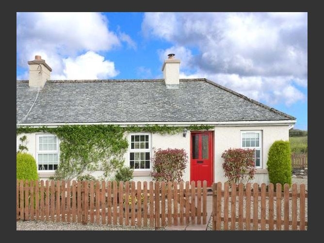 Main image for Summerhill Cottage, MOUNTCHARLES, COUNTY DONEGAL, Rep. of Ireland
