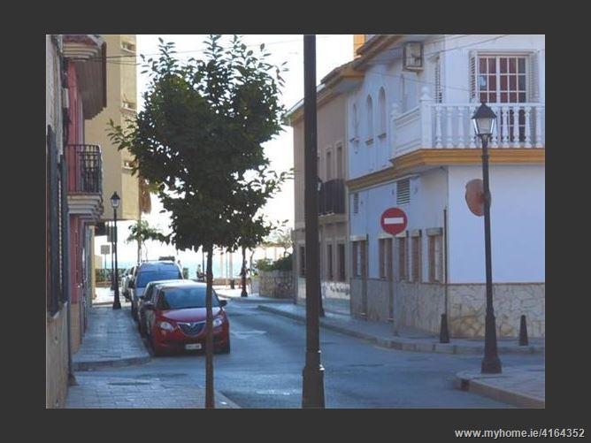 4CalleMéndez Nuñez, 29640, Fuengirola, Spain
