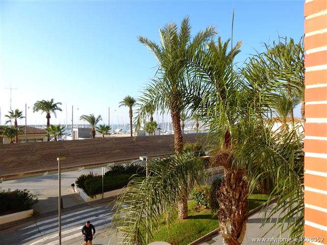 Paseo Vistalegre, Torrevieja, Costa Blanca, Spain