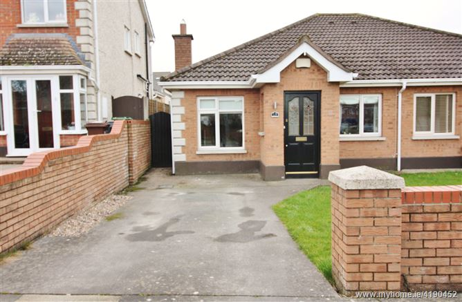 13 Broadfield View, Rathcoole,   Dublin