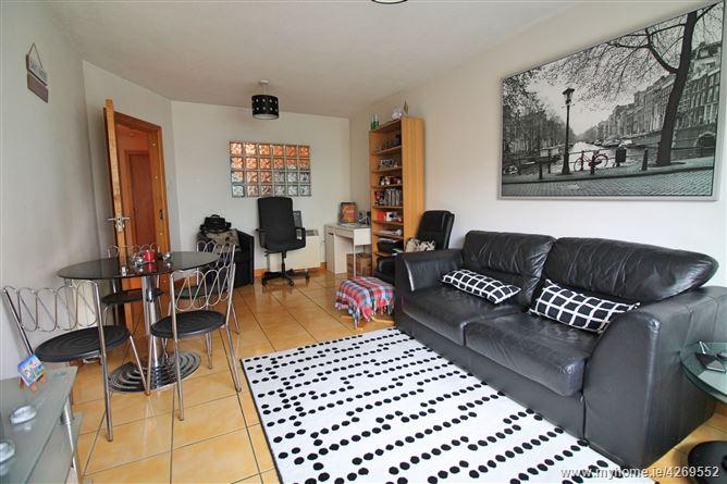 Main image for 82 Parkgate Place, Islandbridge, Dublin 8