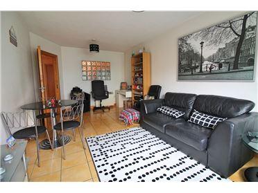Main image of 82 Parkgate Place, Islandbridge, Dublin 8