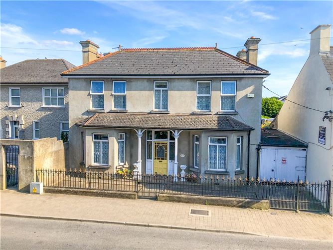 Main image for Rosendale,Friar St.,Thurles,Co. Tipperary,E41 PD88