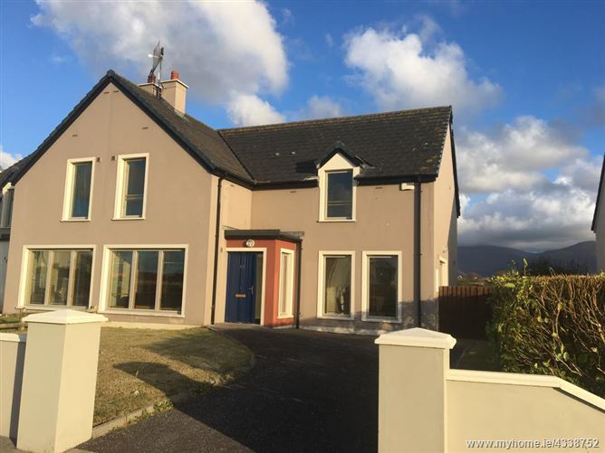 38 Lighthouse Village, Fenit, Kerry