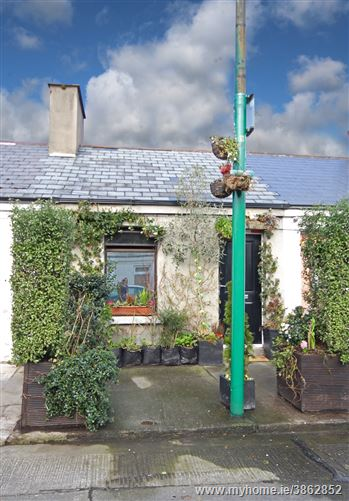 Photo of 14 Maxwell Street, South City Centre, Dublin 8
