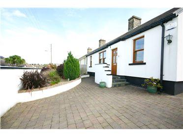Main image of 13 Glenamuck Cottages, Glenamuck Rd, Carrickmines, Dublin 18
