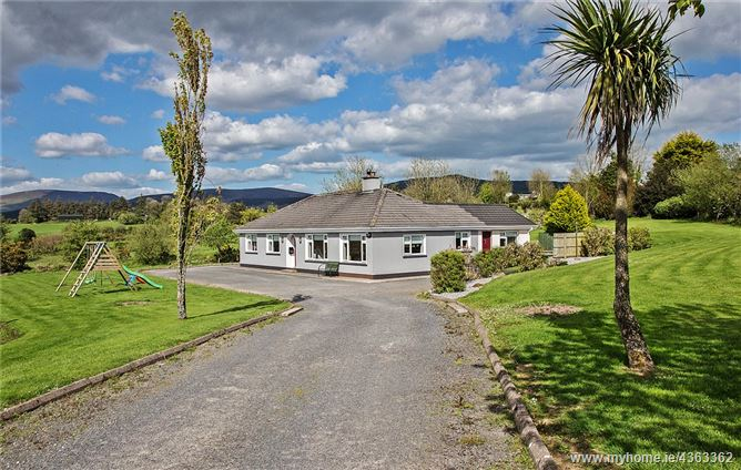Main image for Green Acres, Coolnasmear, Dungarvan, Co Waterford, X35 XV30
