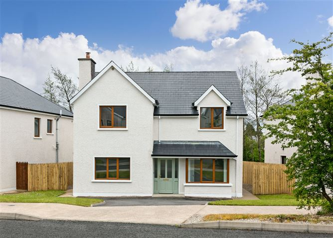 Main image for 23 Wood Green, Forest Park, Dromahair, Leitrim