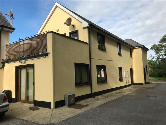 Apt 8 Bruach na Sionna, O Briensbridge, Clare